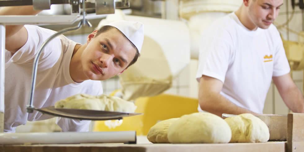 Bäckerei Konditorei Newzella in Köln Leverkusnen Pulheim