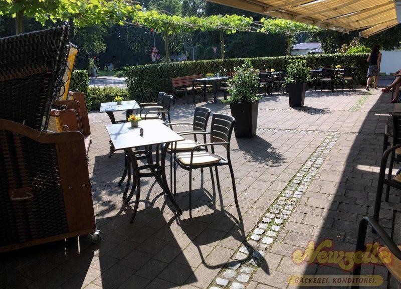 sonnenterasse-cafe-newzella-alkenrath2